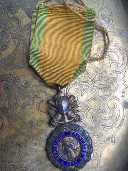 MedalG.jpg