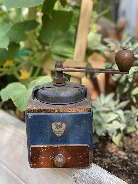 coffeegrinder2020.jpg