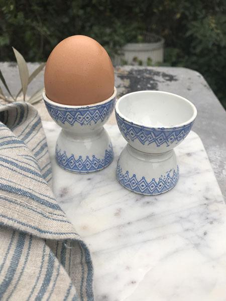 eggcupsblue.jpg