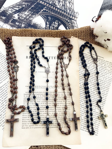 rosaryvintageA.jpg