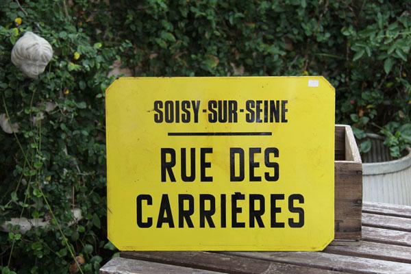 ruecarrieres.jpg