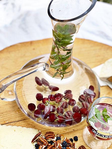 winecarafe2.jpg